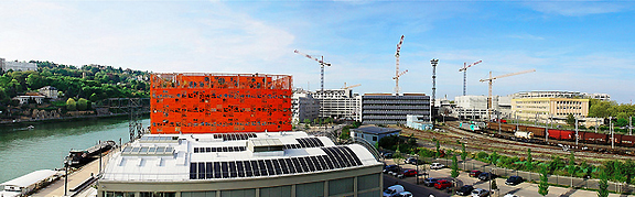 Le Cube Orange / Confluence a Lyon by Jacob and MacFarlane. Image by ar3ku.